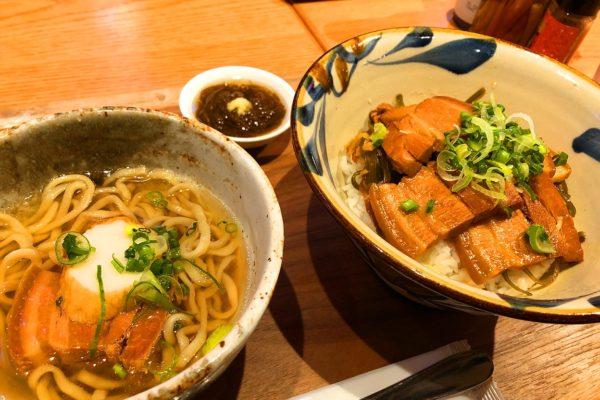 ラフテー丼と沖縄そば(小)定食