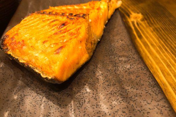 厚切り銀ジャケ塩焼き