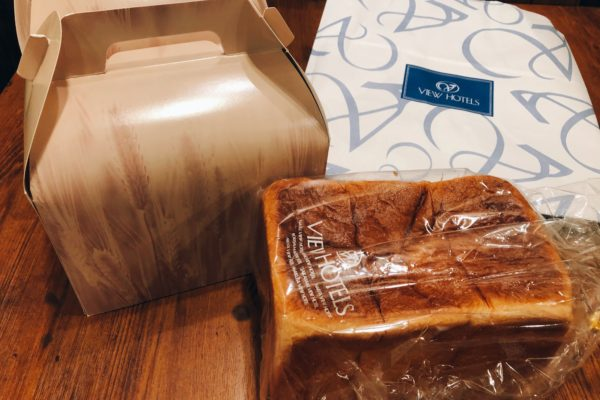 差し入れ/食パン